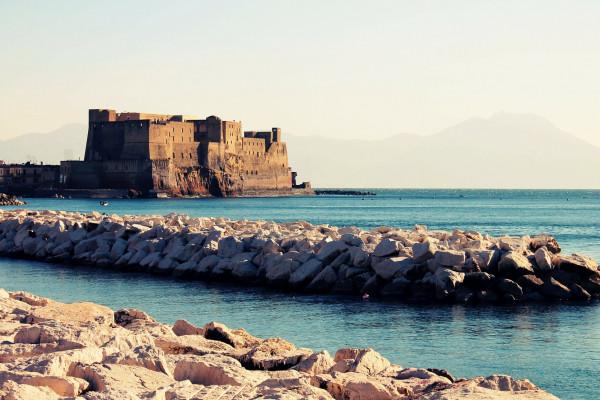 Neapelj